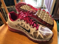 Pair of white-and-pink nike running shoes Goffstown, 03045