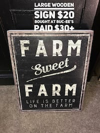 SWEET FARM SIGN.....porchpickup near alliance town center heritage trace  Fort Worth, 76177