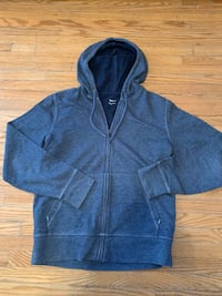 Hoodie made by the gap for men small teenager Cambridge, N1R 2H9