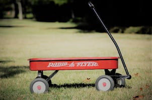 Excellent used condition, large wagon_ Antique replica