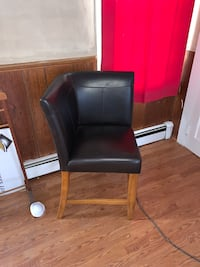 2-back leather chair
