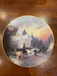 Thomas Kinkade The Magic of Christmas Collector Plate  East Gwillimbury, L0G 1V0