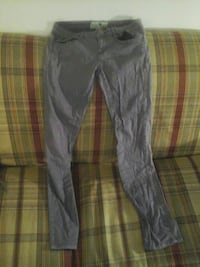 Purple   pants size  7 Port Orchard, 98366