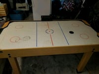 Air hockey table  Vancouver, V5N 3E9