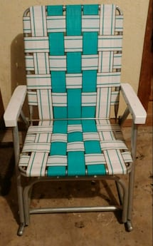 Vintage Sunbeam lawn chair.
