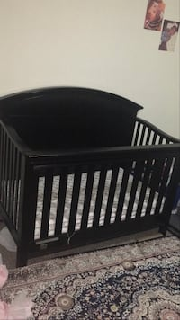 Baby Crib with Matress, great Condition