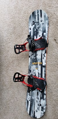 57' snowboard size 8.5 boots with carrying case Grand Rapids, 49546
