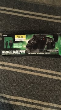 Nyko Xbox one charge base plus Montreal East, H1E 3L1