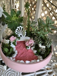 Shabby chic garden real plants  Huntington Beach, 92646