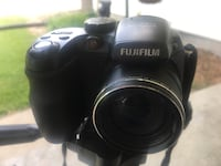 Fuji 35mm 12xzoom with trypod 60.00 obo Lincoln, 68504