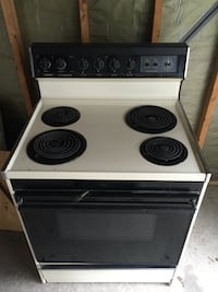 Electric stove oven work great  Livonia, 48152