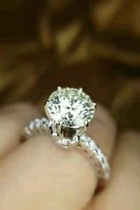Diamond engagement ring  new