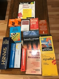 Spanish learning books- 4 dictionaries, 9 books and two boxes of vocabulary cards Potomac, 20854