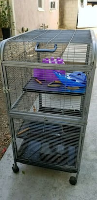 Small pet cage Long Beach, 90808