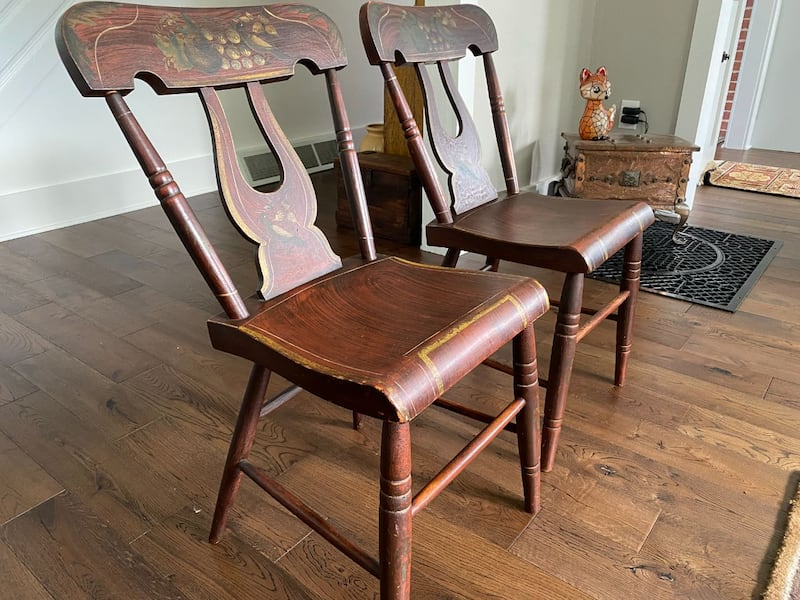 Vintage painted chairs f9ebfa99-1ea7-43cc-a274-479a75adc49d