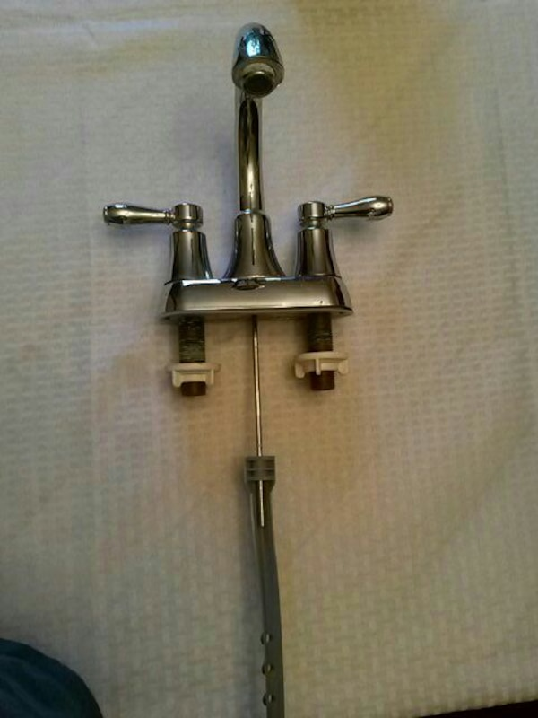Delta Bathroom Sink Faucet Used But Had All Part