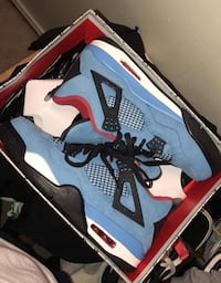 Travis Scott 4s Size 9.5 Condition 9/10 48 km