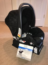 Car Seat - infant carrier New York, 10306