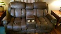 Love seat and sofa Norfolk, 23502