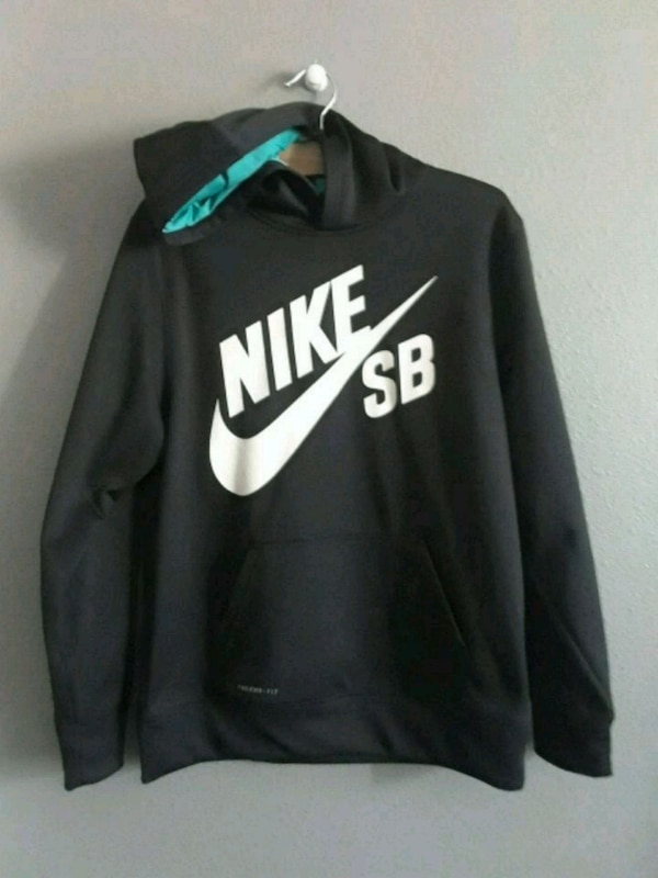 New No Tags Nike Therma Fit Hoodie Youth XL
