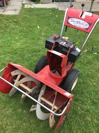 32inch Roper 10HP 2-stage snowblower with electric start. Works and runs well. Single hand controls. Fully serviced and ready for work 546 km