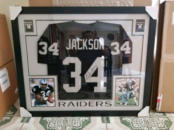 reputable site d32d9 30b49 Framed Autographed Bo Jackson Jersey