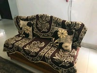 black and brown floral sofa Gurugram, 122003