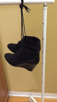 Leather booties size 6 Gatineau, J8T 5G1