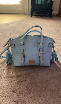 Dooney & Bourke baby blue leather purse firm on price Hagerstown, 21740
