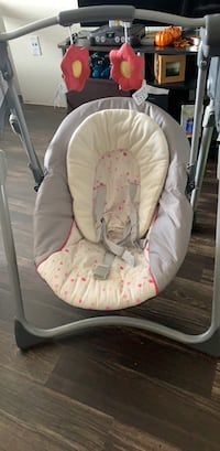 Baby's white and pink swing chair Houston, 77087