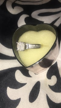 .999 silver with crystal studded ring Breaux Bridge, 70517