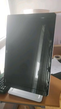 """HP 24"""" monitor in good condition Toronto, M5R 1B1"""
