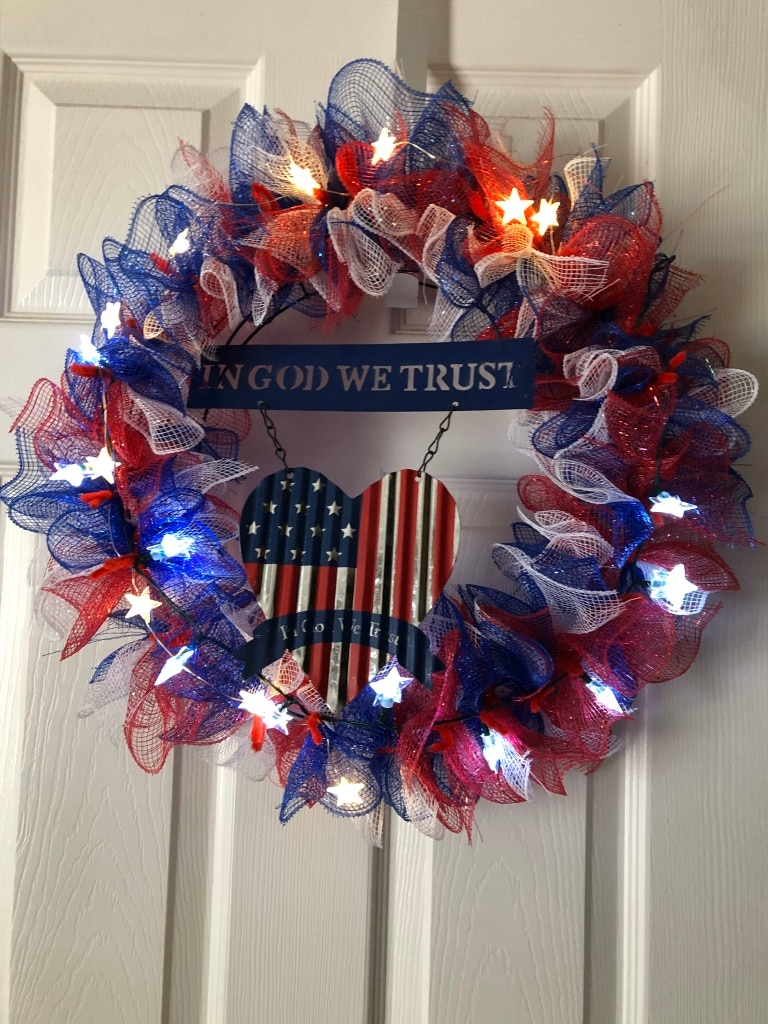 Photo 4th july wreath lights up and centerpiece combo