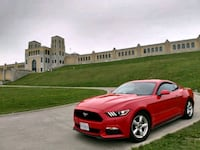 2015 FORD Mustang Race Red well Maintained 1 owner Toronto, M1N 3M5