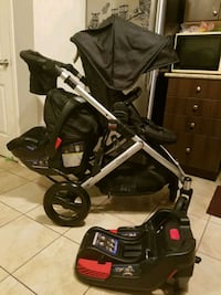 Stroller britax b ready with carseat double carseat expired 2022 Mississauga, L5M 0T2