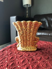 22ct Collectable Weeping Bright Vase