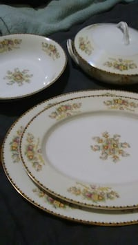 white-and-green floral ceramic dinnerware set