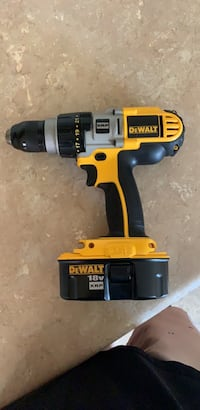 dewalt drill and battery Portsmouth, 23707