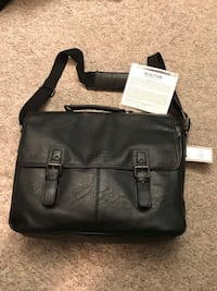 Kenneth Cole Reaction Leather Soft Briefcase  Silver Spring, 20902