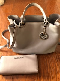 Michael kors lilac leather handbag with matching wallet set