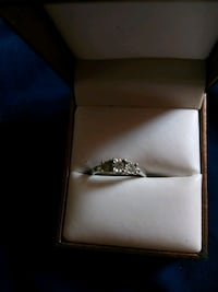 Sterling silver engagement ring size 7 Columbus, 43223