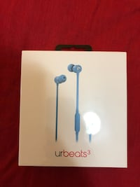 UrBeats 3 - For iPhones brand new