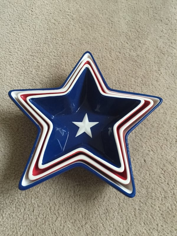 Set of 3 patriotic star bowls. Perfect for the 4th of July e6f0e79e-1372-499a-b62b-fdfc9af7e477