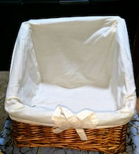 Cotton lined wicker basket Athens, 30601