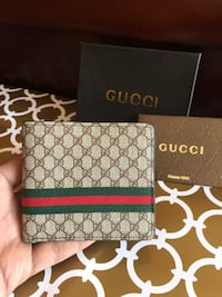 Father's Day Gift Beautiful Gucci Wallet in Box Mississauga, L4Z 3M4