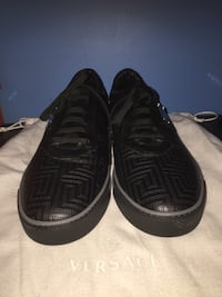 Versace Couture lowtop sneakers size 10 Toronto, M2L 2J2