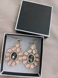 Pink earrings with box new Montreal