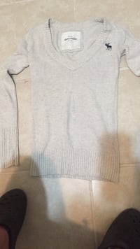 Size small ABERCROMBIE 5.00$ Cape Coral, 33909