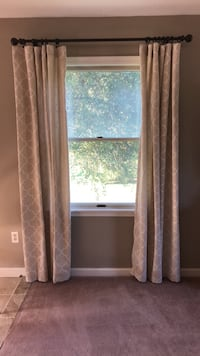 Curtains Sykesville, 21784