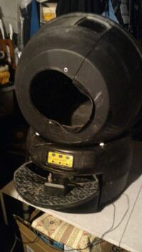 Classic litter robot used automatic little cleaner Chicago, 60630